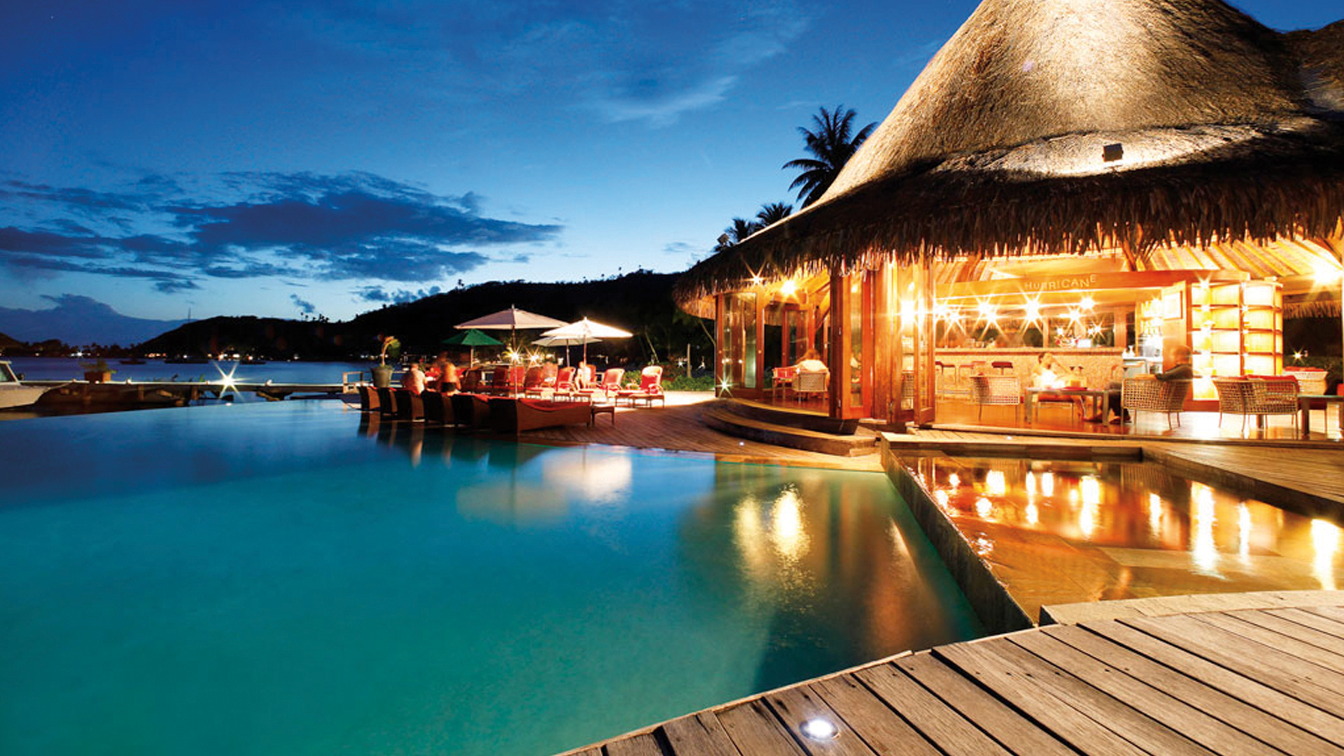 how to live in bora bora
